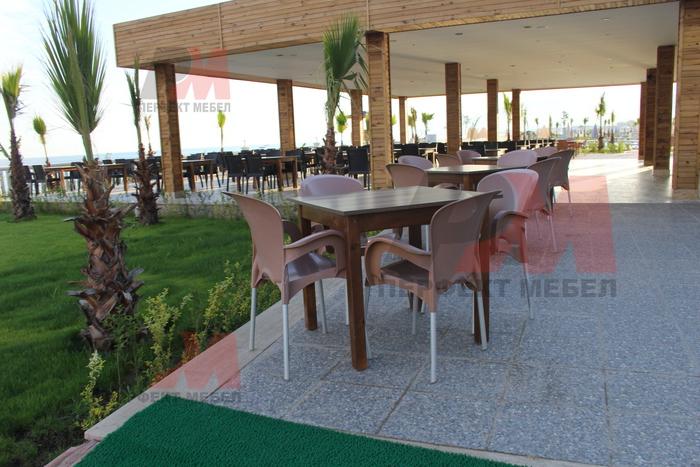 Пластмасови столове цени за барове