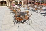 маси и столове от алуминии за ресторанти