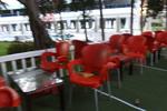 Столове от пластмаса червени, за външно ползване