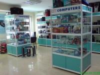 Стелажи за магазини за компютри